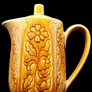 Vintage Kitchen - Vintage Mustard Yellow Teapot w Daisies and Tulips